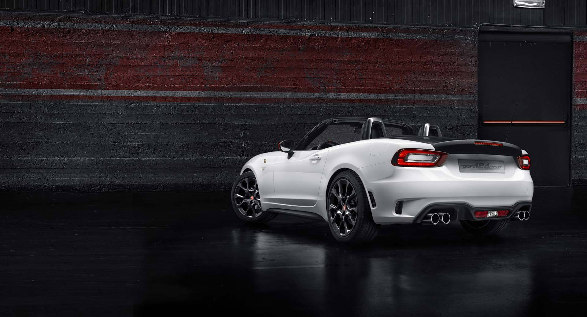 2017 fiat abarth 124 spider japanese precision italian soul carligious. Black Bedroom Furniture Sets. Home Design Ideas